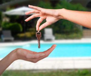 remise des clés avec Gaby-location
